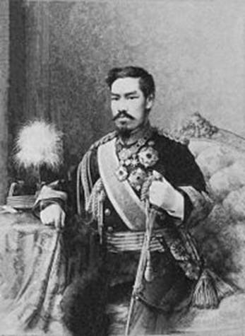 https://upload.wikimedia.org/wikipedia/commons/thumb/2/2d/Meiji_tenno1.jpg/200px-Meiji_tenno1.jpg